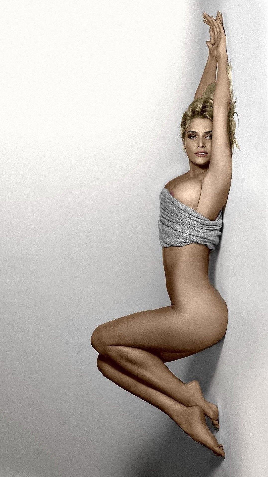 Hot Tatyana Kotova naked (28 photo), Sideboobs