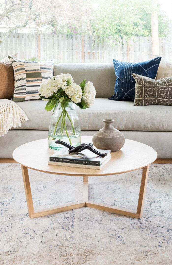 Coffee Table Styling Ideas In 2020 Round Coffee Table Decor