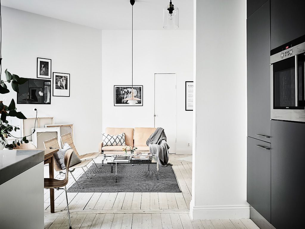 Bostadsrätt, Karl Gustavsgatan 11 B i Göteborg - Entrance Fastighetsmäkleri