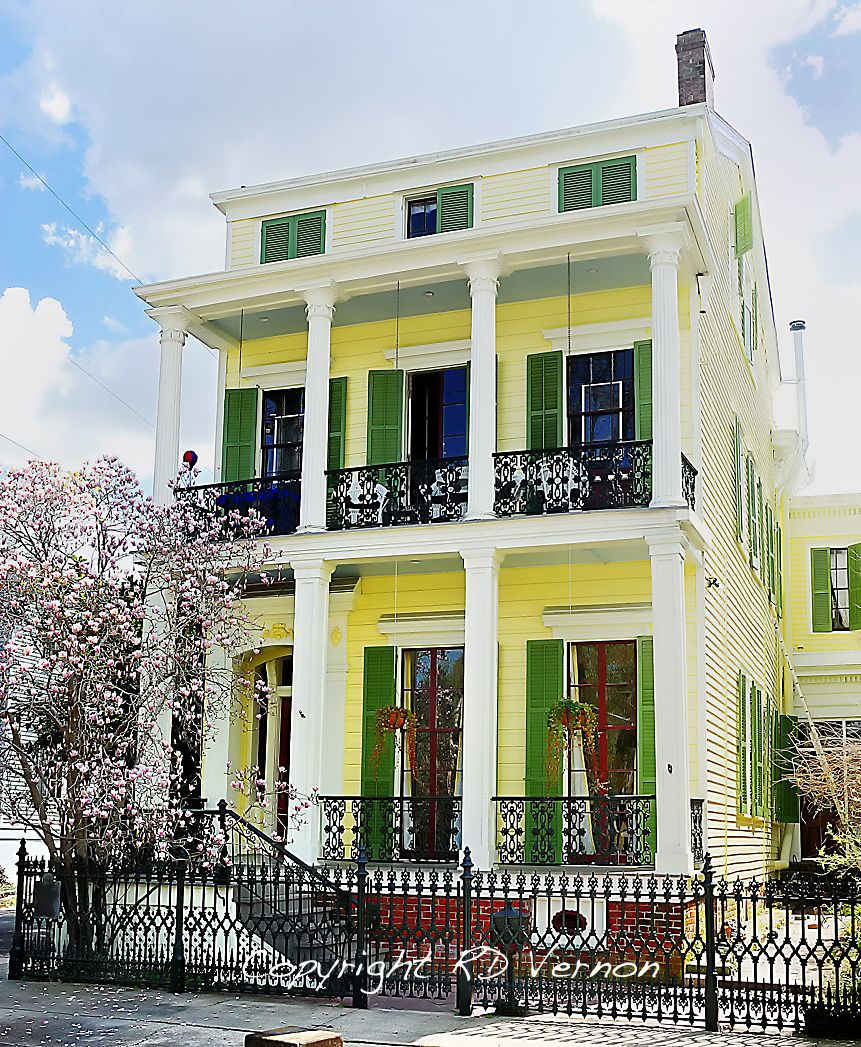 New Orleans Louisiana Garden District Homes Gardens Jazz And Sweet Home