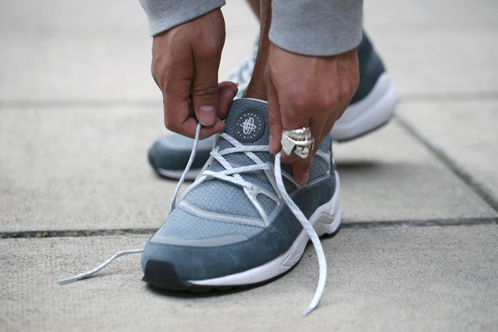 a097be811447 Footpatrol x Nike Air Huarache Light Concrete Another Look ...