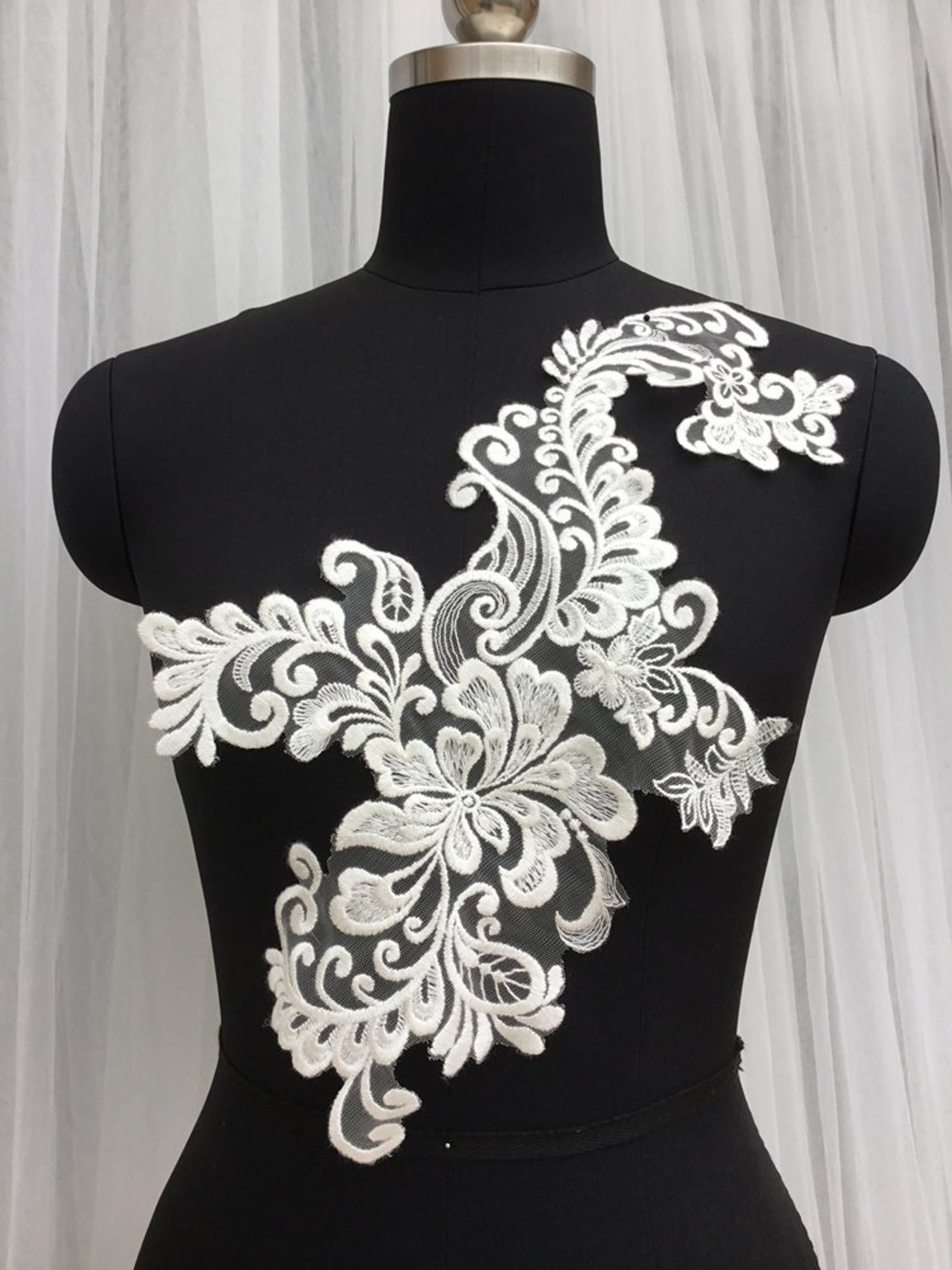 Photo of Wedding dress accessories cotton necklace Appliques embroidery …