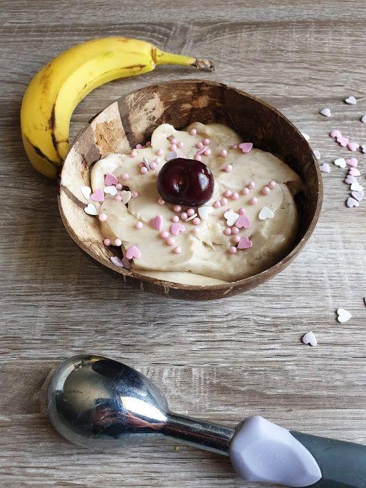 Crème glacée à la banane pour un goûter sans culpabilité