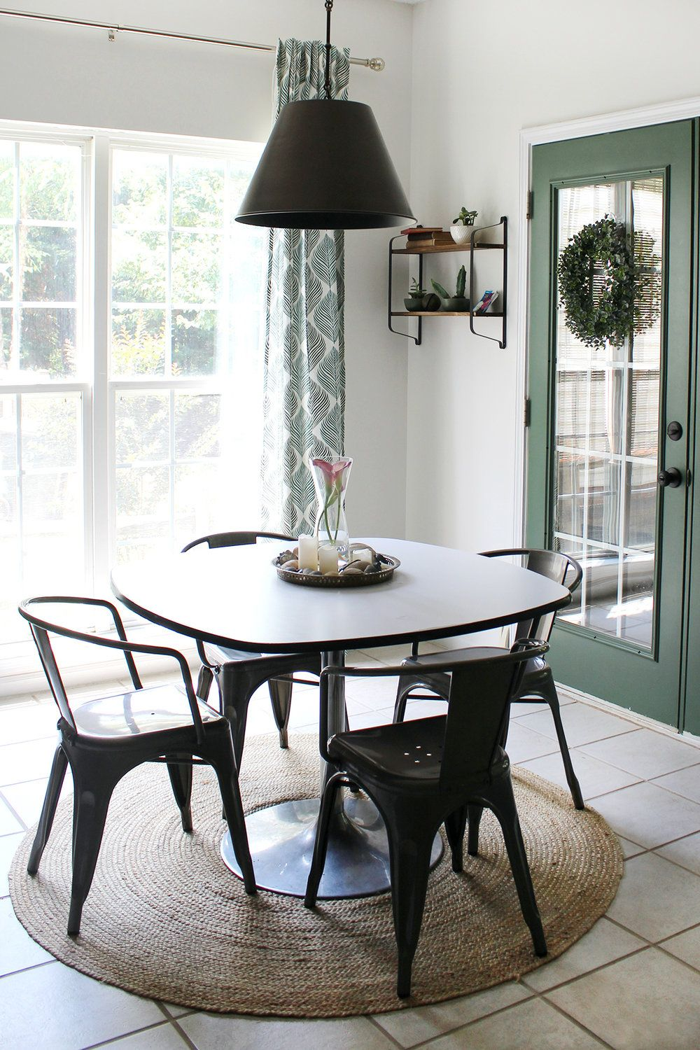 A Round Rug Roundup With Images Dining Rug Round Kitchen Rugs