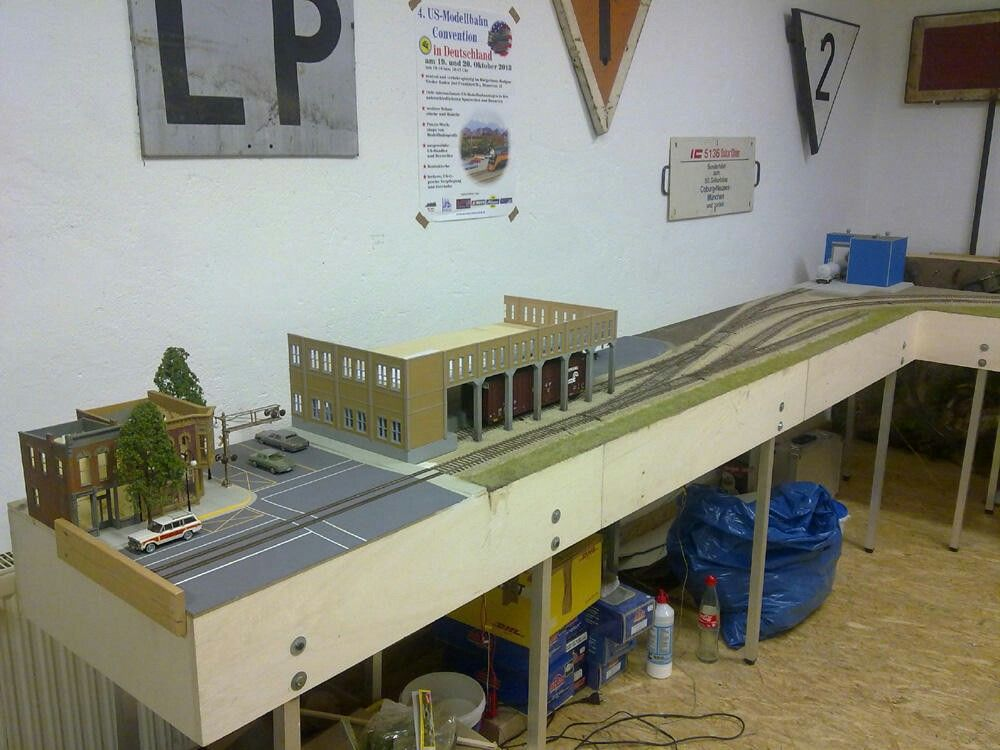 Pin by Dean hatzis on ho train layouts Model trains