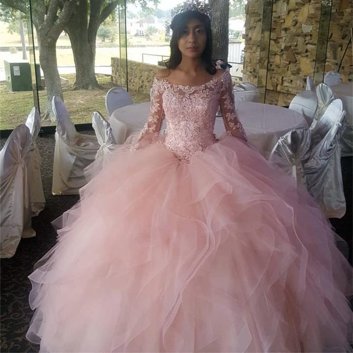 Light pink organza ruffles ball gowns quinceanera dresses