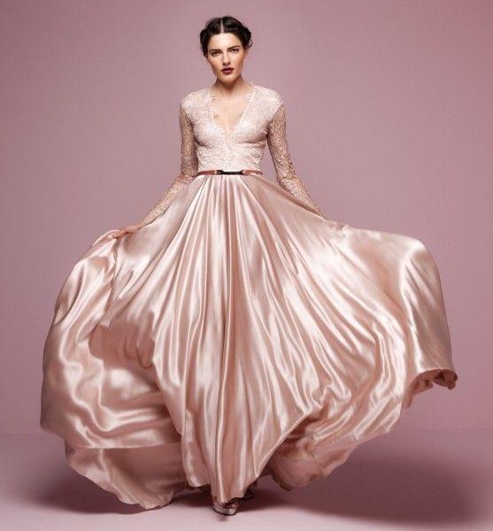 a7340d4e83 Színes esküvői ruhák Ruha, Eljegyzés, Ruhák, Legnépszerűbb