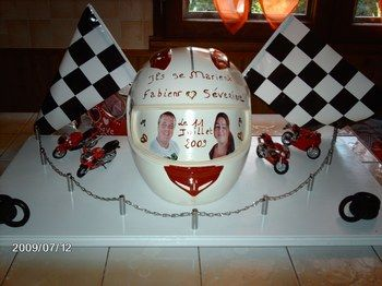 explore these ideas and more - Urne Mariage Moto