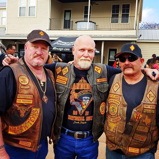 Pin By Front Runner On Bikers Motorcycle Clubs Bandidos Motorcycle Club Biker Lifestyle