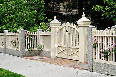 Elegant Gate And Fence On House Entrance Fence Design Garden Gates And Fencing House Entrance