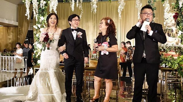 Share your smile with the world. It's a symbol of friendship and peace - Christie Brinkley #Wedding #weddingbandung #chinesewedding #weddingchinese #weddinginternational #internationalwedding #mandarin #weddingmc #mc #masterofceremony #weddingplanner #weddingorganizer #mcmandarin #mcmandarinbandung #mcbandung #mcjakarta #mcbali #mcmedan #mcpalembang #mcmanado #mclampung #mcsurabaya #vendor #weddingvendor #vendorwedding #vendorweddingbandung #weddingmc #mcwedding #mcweddingbandung #forentrie #jimmyyoemc