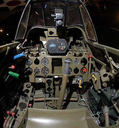 Mitsubishi A6M Zero cockpit