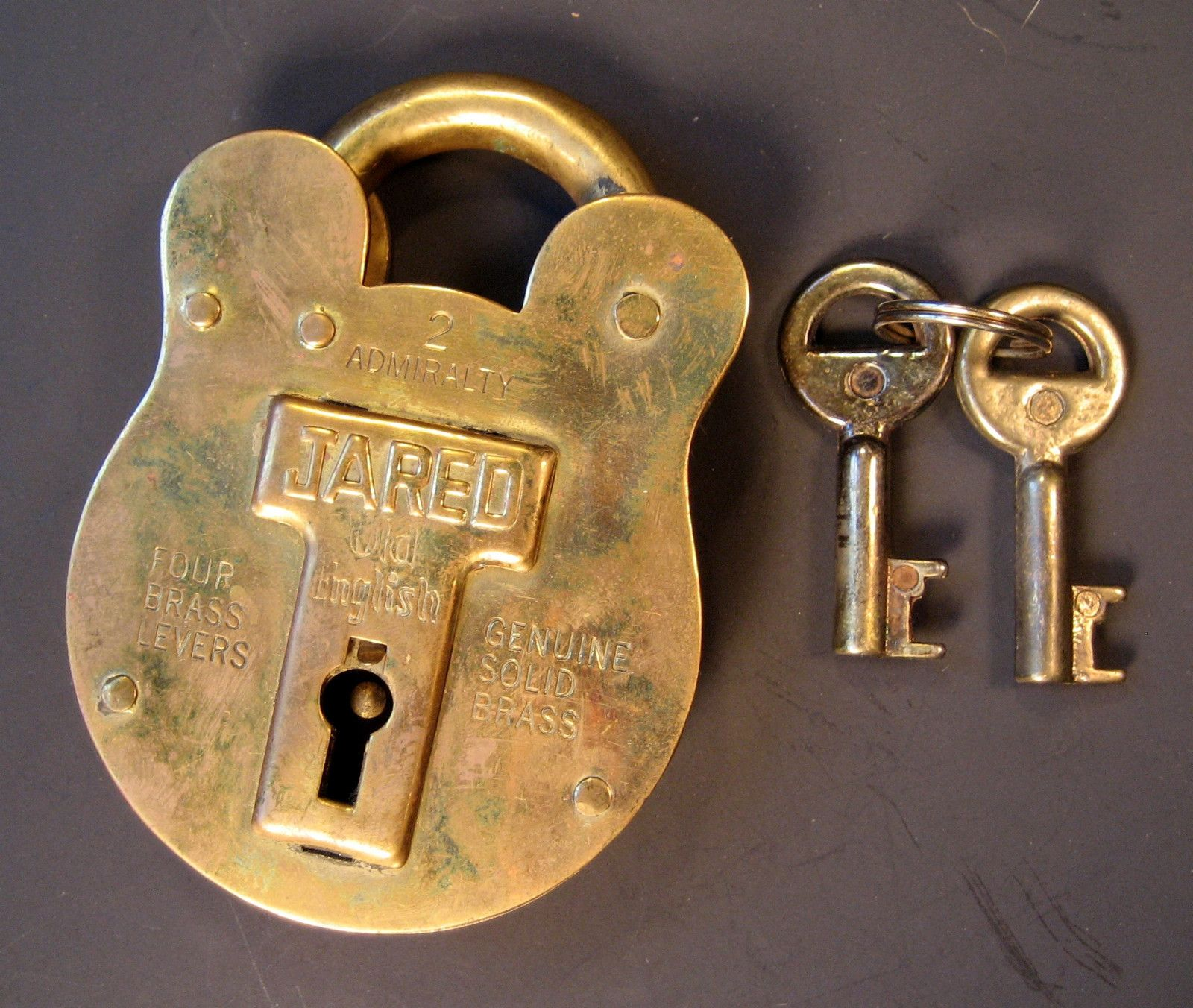 Antique jared quot old english solid brass padlock w keys