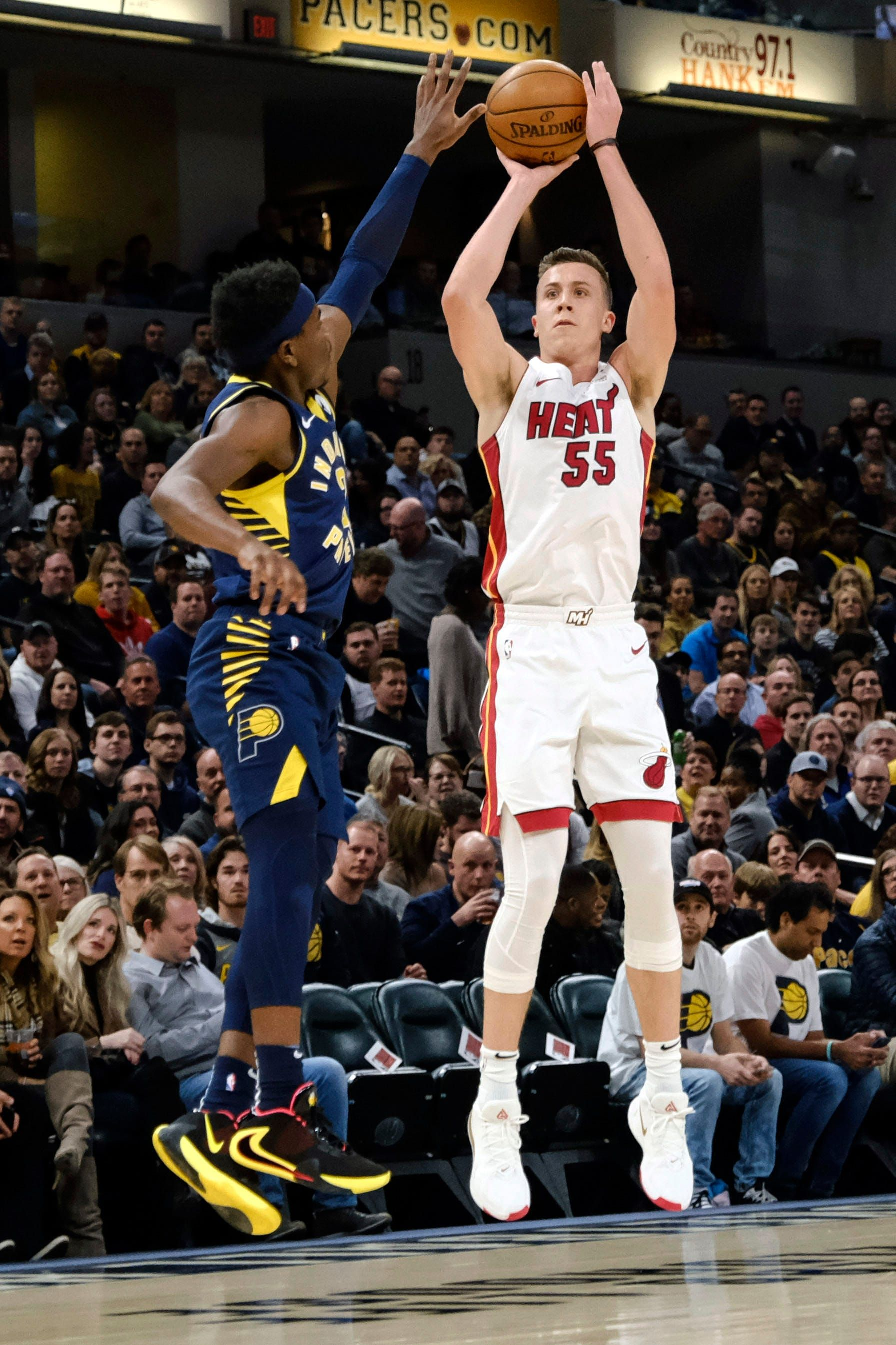 Former Michigan Basketball Sharpshooter Duncan Robinson To Be In All Star 3 Point Shootout In 2020 Nba Players Basketball Thunder Nba