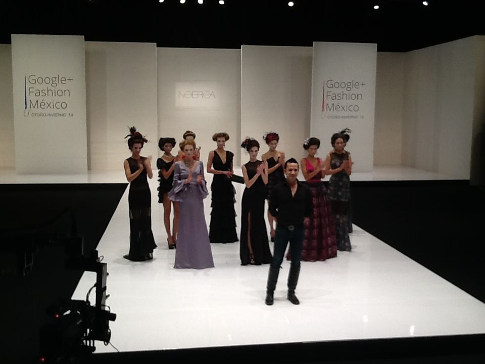 "Google Plus Fashion México 13 desfile de ""Let them eat cake"" del diseñador Mexicano Noé Roa"