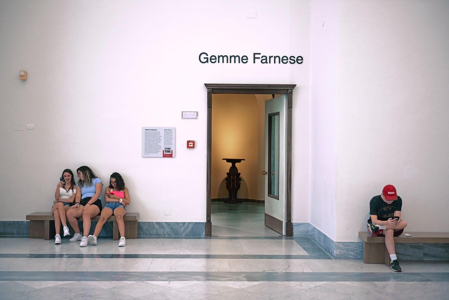 Gemme Farnese