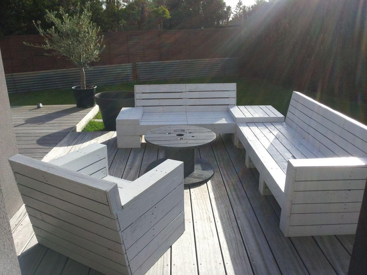 Construire Salon De Jardin En Palette | Fabriquer Un Salon De Jardin ...