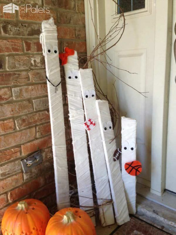 22 Superb Halloween Decorations Using Pallet Wood, Wooden Pumpkins