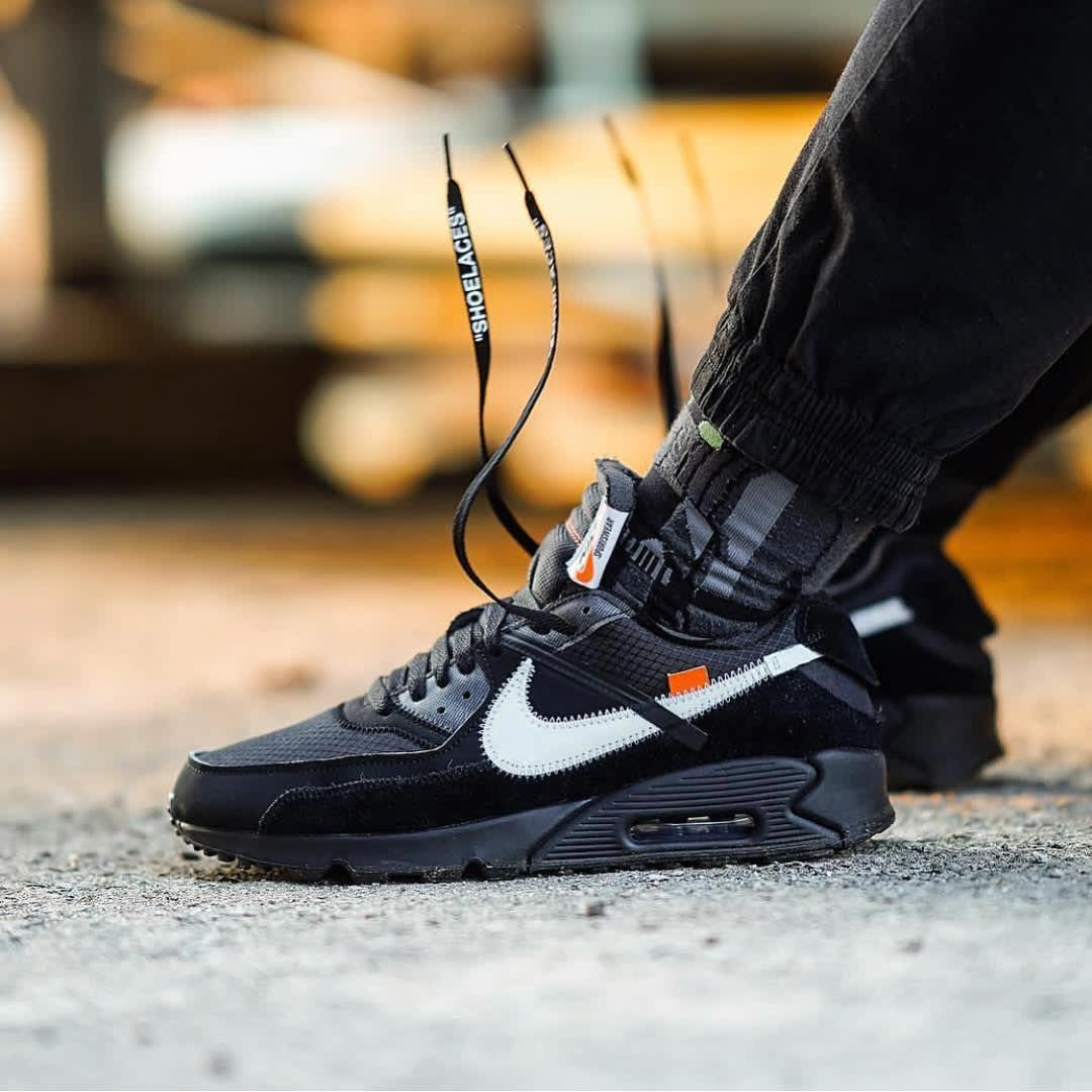OFF WHITE x Nike Air Max 90 </p>                     </div> 		  <!--bof Product URL --> 										<!--eof Product URL --> 					<!--bof Quantity Discounts table --> 											<!--eof Quantity Discounts table --> 				</div> 				                       			</dd> 						<dt class=