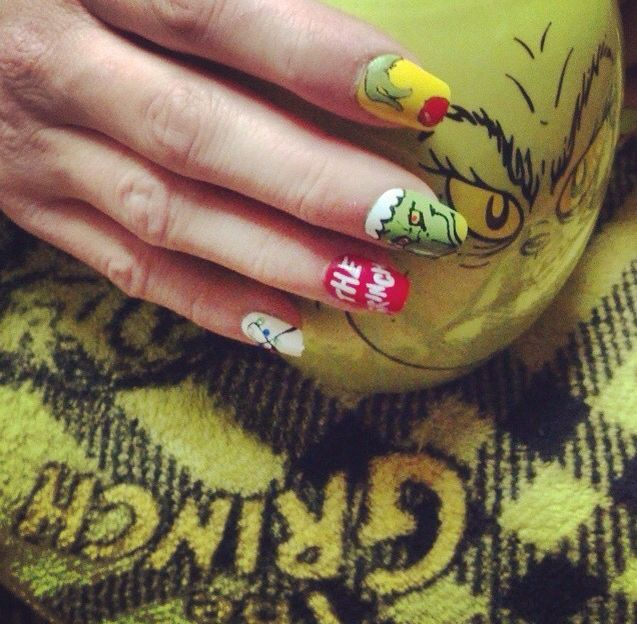 A New York lady wearing my Grinch creation. Stocking up my Etsy shop ...