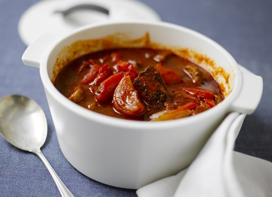 Beef and red bell pepper pot