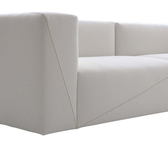 Sensational Diagonal Sectional Sorfa By Fendi Casa Lounge Sofas Cjindustries Chair Design For Home Cjindustriesco