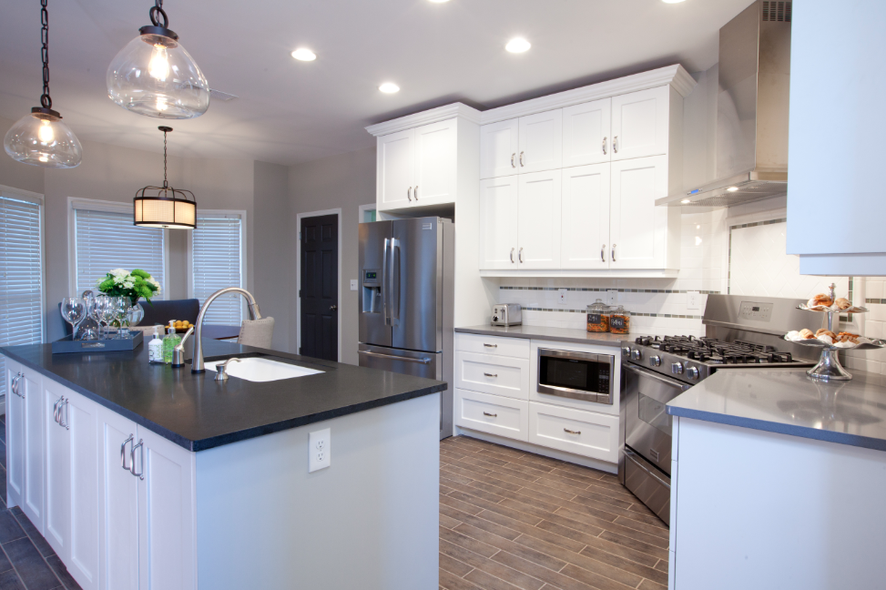 AyA Wexford classic white cabinetry used on Property Brothers ...