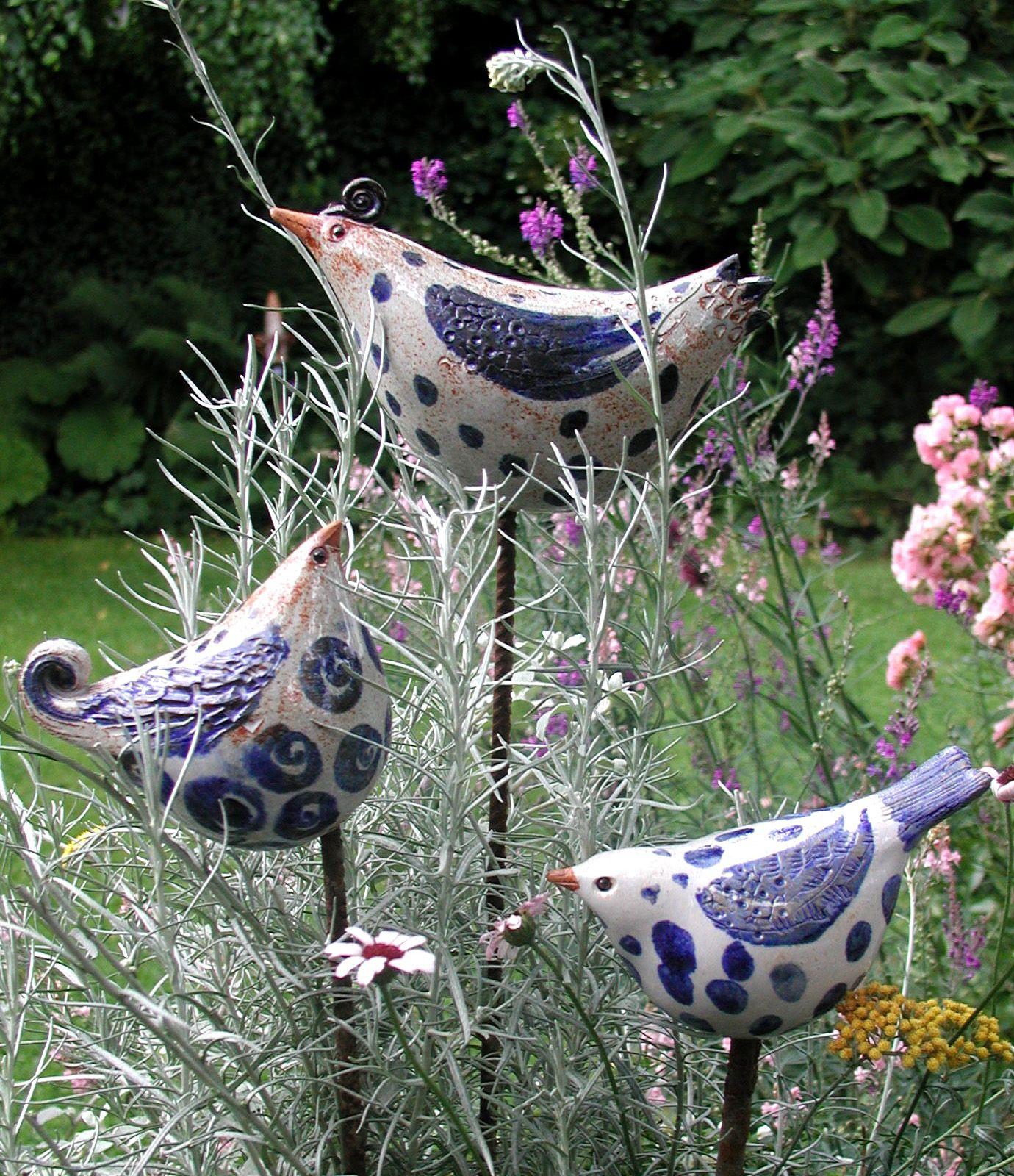 bildergebnis f r keramik v gel f r den garten keramik t pfern pinterest keramik v gel. Black Bedroom Furniture Sets. Home Design Ideas