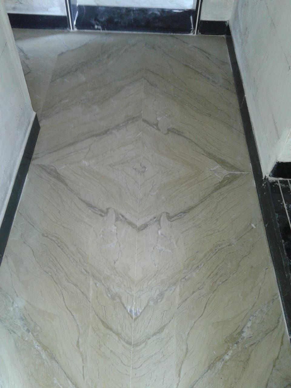 Katni Marble Available In Various Colour Tones Katni Marble Is Good Quality Product It Is Exported In Bulk Marble Floor Floor Design Marble Flooring Design