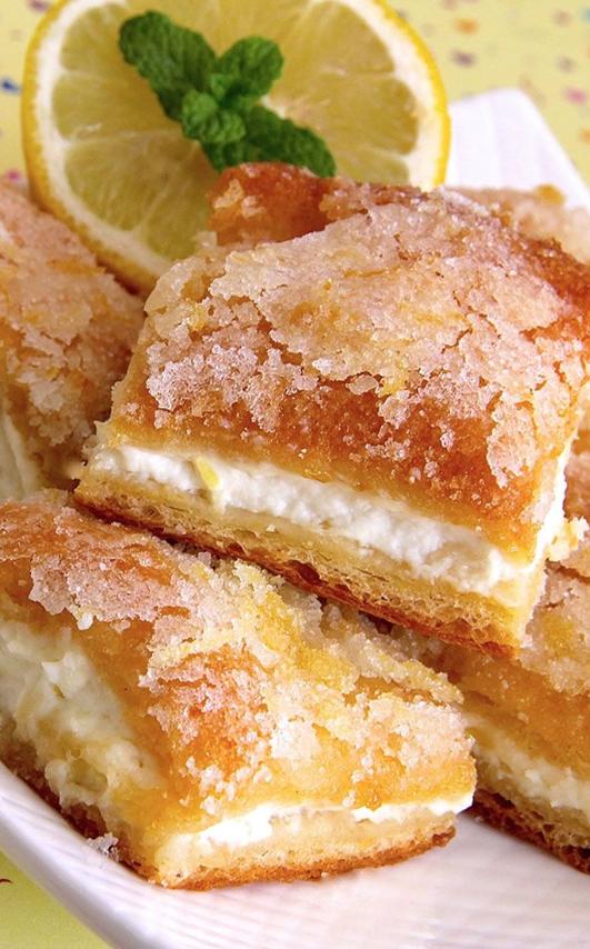 Lemon Cream Cheese Bars #desserts