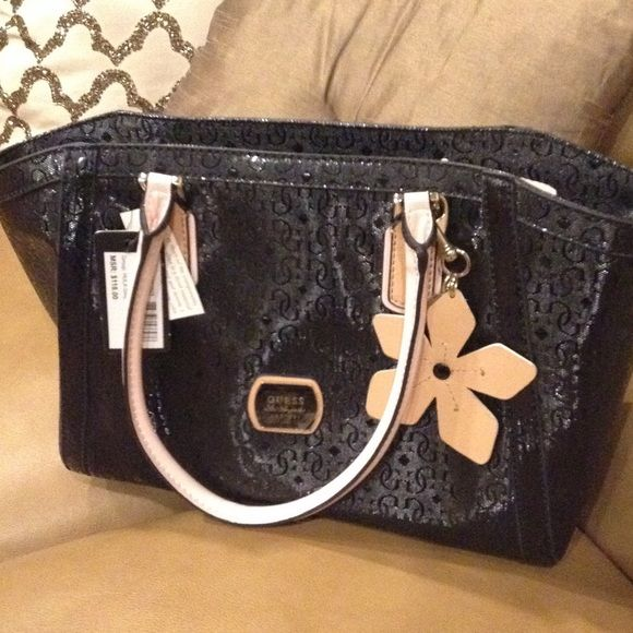 New Authentic Guess Shoulder Bag Black And Pick Faux Leather Handbag With Flower Key Chain Brand Bags