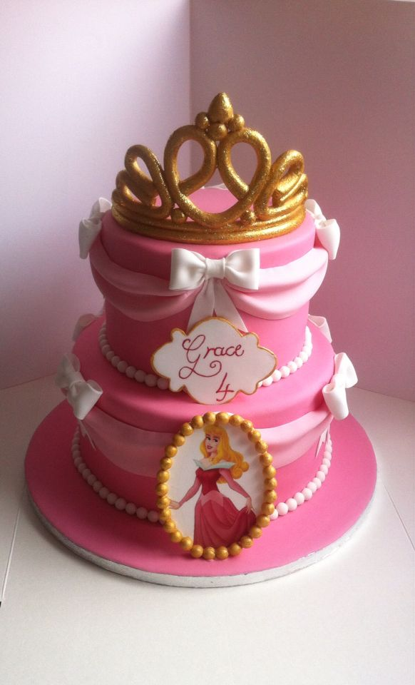 Sleeping Beauty Themed Cake With Handmade Sugar Tiara Disney