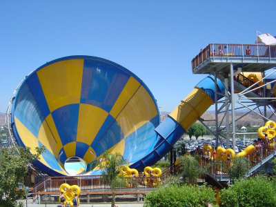 Hurricane Harbor Waited In Line 2 Hours To Ride The Tornado It Was So Worth It Hurricane Harbor Wave Pool Places