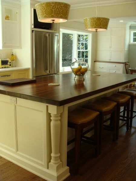 like the detail in the island and under counter stools