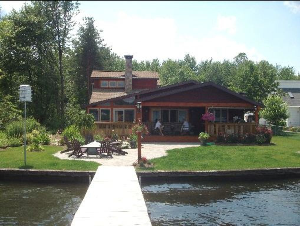Chautauqua lake front home w75 of lakefront stow