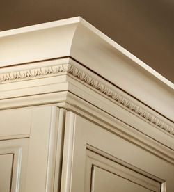 Moldings And Accents At Kraftmaid Com Cabinets Cove Molding