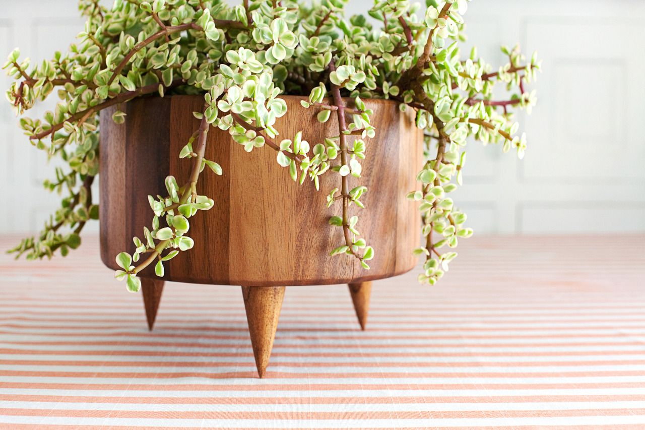 add some rustic to your home with one of these diy wood on easy diy woodworking projects to decor your home kinds of wooden planters id=46642