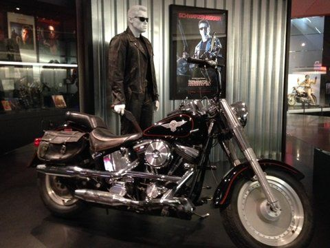 39 terminator 2 39 motorcycle and props on display at harley for Motor harley davidson museum