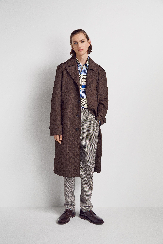 020c6ba826c2 LOOK 14. Autumn Winter 2018 Ready-to-Wear Menswear Collection    CREATIVE  DIRECTOR  Louise Trotter MENSWEAR DESIGNER Francesco Muzi STYLING  Tony  Irvine ...