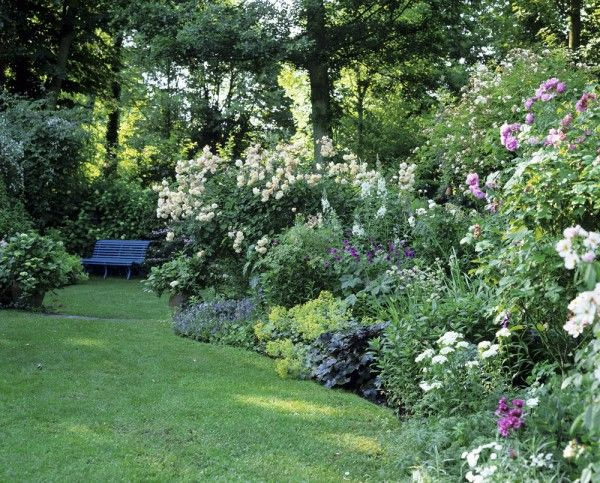 scene jardin jardin pinterest jardin romantique sc ne et jardins. Black Bedroom Furniture Sets. Home Design Ideas