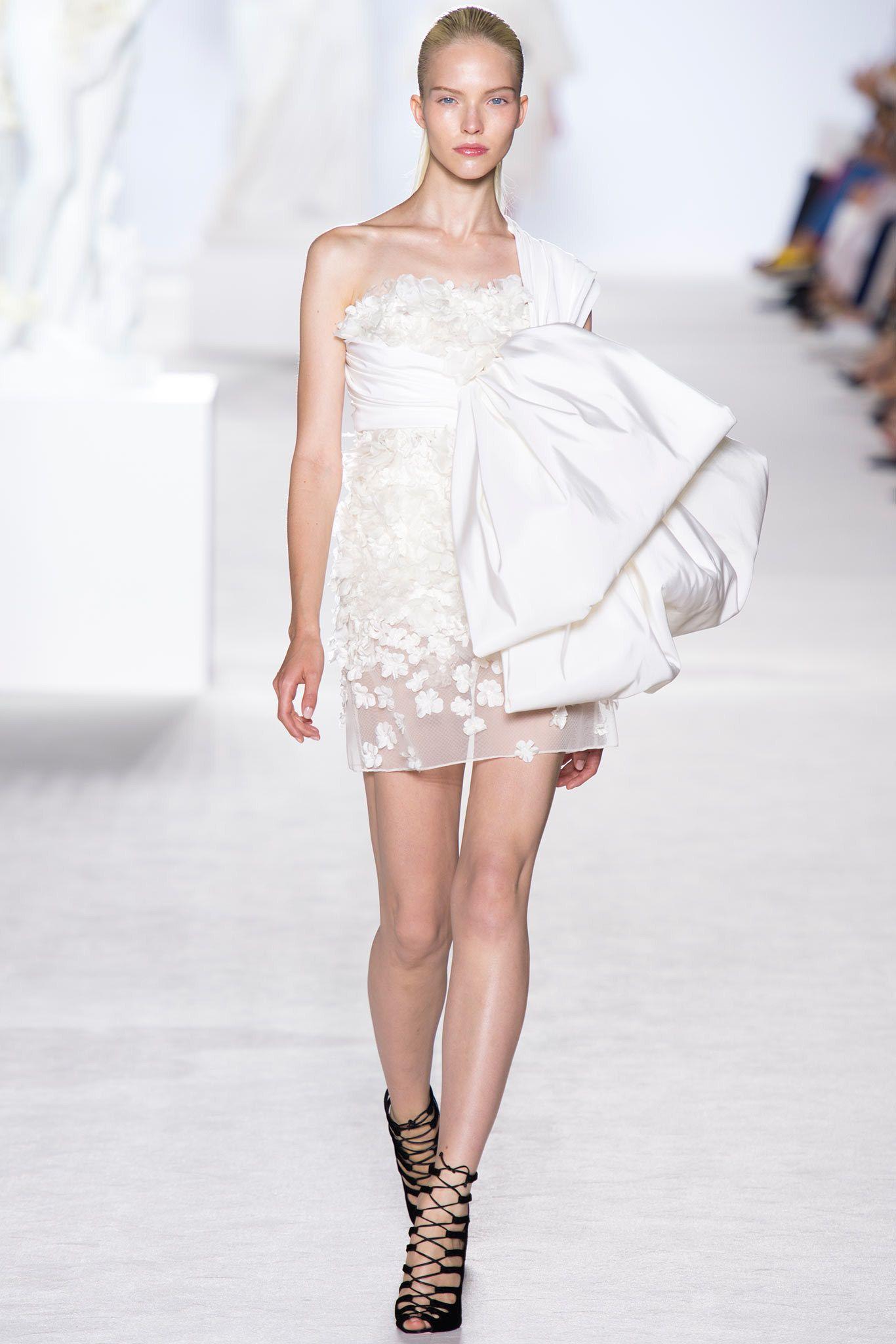 Giambattista Valli Fall 2013 Couture Fashion Show - Sasha Luss (Elite)