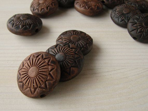 Set of 5 ceramic eco-friendly flat round beads от warmceramics