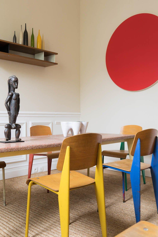 Emmanuel de Bayser, Paris de collectionneur is part of Dining room colors - Après nous avoir ouvert les portes de son exceptionnel appartement à Berlin, c'est désormais à Paris qu'Emmanuel de Bayser nous accueille  Et c'est impressionnant !