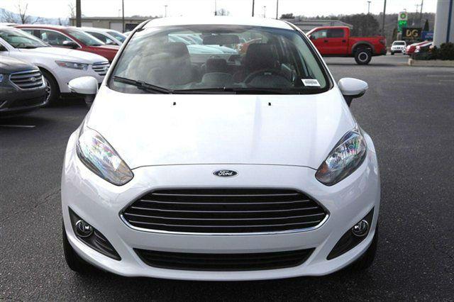 2014 Ford Fiesta Sedan White Ford Fiesta