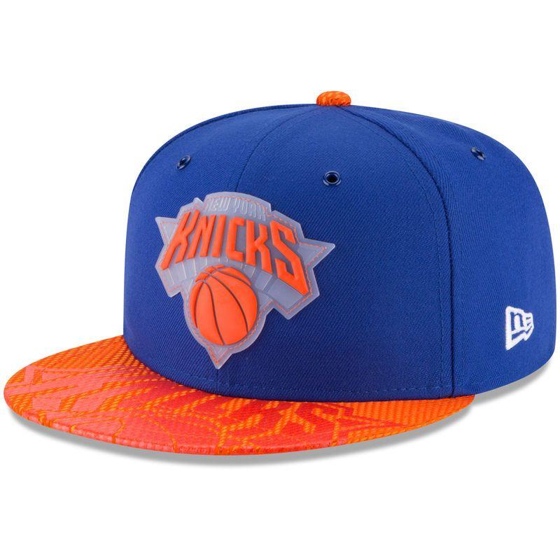 3b59a673 New York Knicks New Era Team Color On-Court 9FIFTY Snapback ...