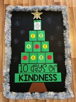 10 Days of Kindness - Christmas Bulletin Board Idea #decemberbulletinboards