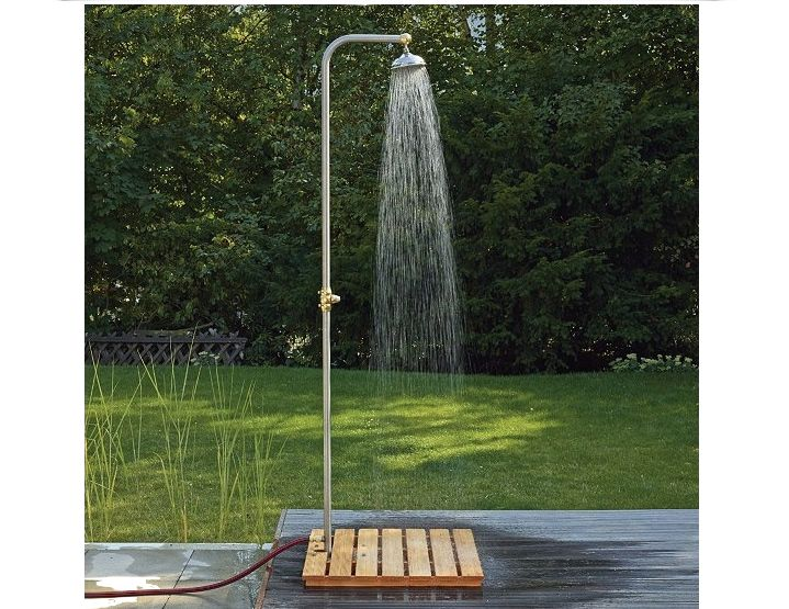 10 Easy Pieces Freestanding Outdoor Showers With Images