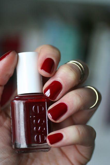 Classics : Essie Bordeaux | Essie Envy in 2019 | Nails ...