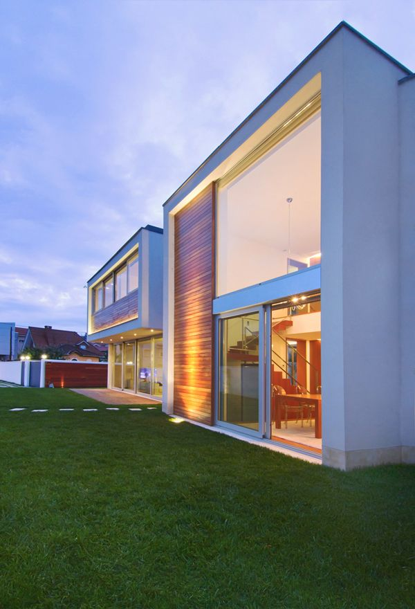 Private Exquisite House Meets Contemporary Elements of Design ...