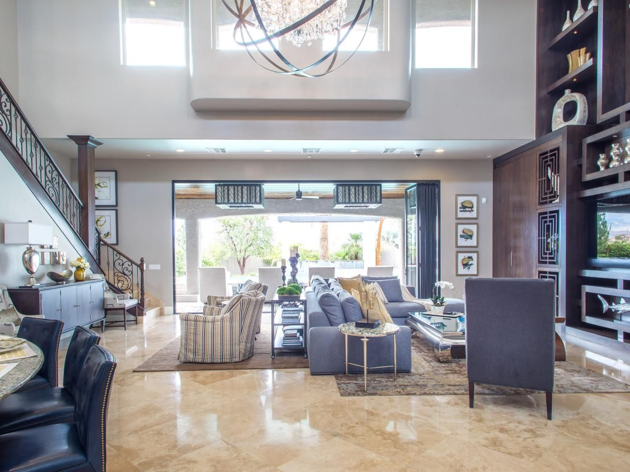 Before and after the property brothers 39 las vegas home - Hgtv before and after living rooms ...